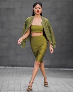 #SlickerThanYourAverage Fashion, Beauty + Lifestyle Blogger AUS Mgt | jill@maxconnectors.com.au AUS + Global Mgt | jesse@micahgianneli.com ⇩NEW POST⇩