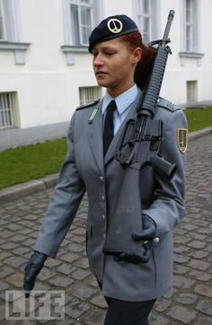 German Army Women Officers | Click image for larger version. Name:german.jpg Views:6262 Size:35.7 ...