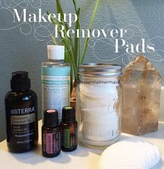 So easy to make these all natural make up remover pads. _______________________________________ RECIPE: Mix together in a bowl: 2 cups water 3 tbsp fractionated coconut oil 1 tbsp Castile soap 10 drops of Melaleuca 10 drops of Geranium  Pour over cotton pads in a mason jar. Keep lid closed when not in use. Both of these essential oils are renown for their many skin beautifying and soothing properties. #essentialmermaid #omnihealth #doterra #essentialoils #oils #diydoterra #geranium…