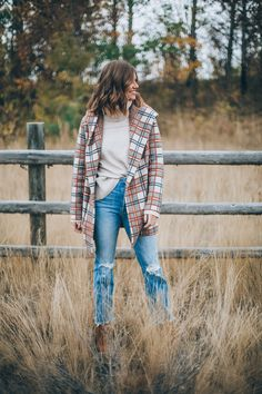 Plaid Jacket or Fall - Wanderlust Out West Fall Winter Outfits, Autumn Winter Fashion, Spring Outfits, Classy Outfits, Casual Outfits, Mode Outfits, Fashion Outfits, Blue Jeans, Mountain Fashion