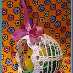 Velikonoční – NÁVODY NA HÁČKOVÁNÍ Easter Crochet, Crochet Art, Crochet Motif, Vintage Crochet, Crochet Doilies, Crochet Toys, How To Make A Pom Pom, Easter Pictures, Egg Art