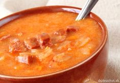 Kapustnica pre nešikovných Thai Red Curry, Cantaloupe, Fruit, Ethnic Recipes, Food, Meal, The Fruit, Eten, Meals