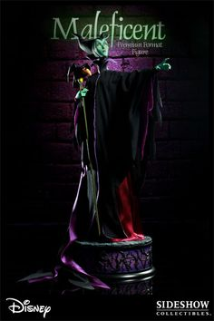 Sideshow Collectibles - Maleficent Premium Format Figure
