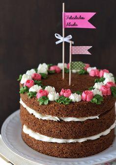 Matcha tea and nettle cake - HQ Recipes Bolos Naked Cake, Naked Cakes, Fancy Cakes, Mini Cakes, Cupcake Cakes, Bolo Diy, Diy Cake, Cake Decorating Tips, Buttercream Cake