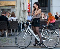 #Bici y plataformas, según esto sí se puede.  Copenhagen Bikehaven by Mellbin 2011 - 2269 by Franz-Michael S. Mellbin, via Flickr