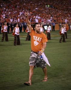 Congratulations on your Best Actor Oscar, Mr. McConaughey - The University of Texas at Austin Class of '93!
