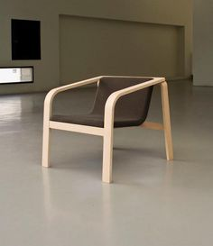 Simple Chair Design Made Of Bent Laminated Plywood