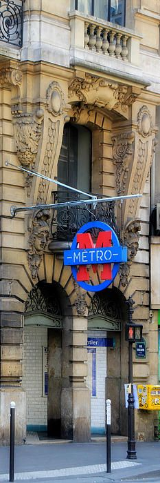 Paris Metro memories! We got on and the doors began to close with our 15 year old still on the platform. A French gentleman saw what was happening, pushed the doors back open, grabbed her hand, and hauled her into the car! Have always had good experiences with the people of Paris!