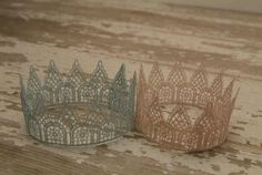 Sweet Vintage Lace Twin Crown Set