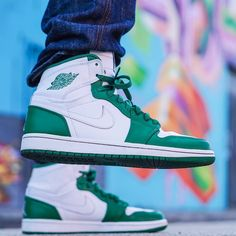 "Air Jordan 1 High Varsity Pack ""Pine Green"""