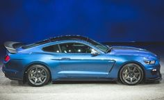 2016 Ford Mustang Shelby GT350R Photos and Info – News – Car and Driver