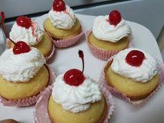 Cupcakes de Tres leches - YouTube