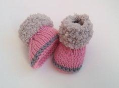 chaussons bébé en laine rose poudré et gris 0/1 mois naissance
