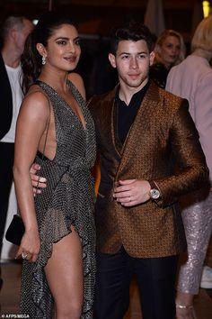 Priyanka Chopra joins handsome Nick Jonas at Vanity Fair Cannes party Priyanka Chopra Exotic, Priyanka Chopra Images, Priyanka Chopra Wedding, Bollywood Pictures, Bollywood Actress Hot Photos, Bollywood Celebrities, Indian Bollywood, Bollywood Fashion, Rock And Roll
