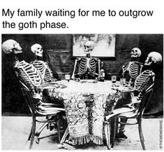 Gore horror or Rocky Horror? Goth Humor, Goth Memes, Halloween Horror, Spirit Halloween, Halloween Town, Stupid Funny Memes, Hilarious, Funny Stuff, Danse Macabre