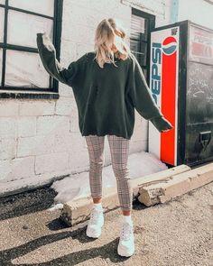 Carol Pant - Mode Schönheit- p i n t e r e s t – - wardrobe. - Carol Pant – Mode Schönheit- p i n t e r e s t – – wardrobe.decordiy…- Source by - Fashion Pants, Look Fashion, Fasion, Winter Fashion, Fashion Outfits, Fashion Beauty, Womens Fashion, Fashion Ideas, City Outfits