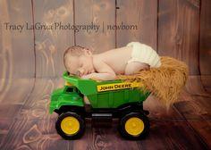 newborn - John Deere Towtruck