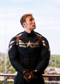 Chris Evans as Steve Rogers / Captain America, in Captain America The Winter Soldier.Captain America is my favorite superhero and he is all that I thought Captain America would be. Captain Marvel, Hero Marvel, Marvel Dc Comics, Marvel Avengers, War Comics, Captain Cap, Avengers Images, Steve Rogers, Capitan America Chris Evans