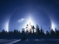 Sun dog clouds in winter, Bryce Canyon National Park, Utah (© Fred Hirschmann/Science Faction/Corbis) Places Around The World, Around The Worlds, Sun Dogs, Rainbow Cloud, Sky Painting, How To Level Ground, Science And Nature, Nature Pictures, Fireworks
