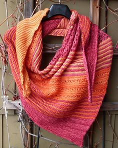 Ravelry: Silence pattern by Melanie Mielinger