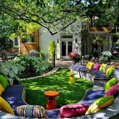 The seating becomes a colorful 'flower' bed! Would be great burst of color where it's too shady for many flowers to bloom!