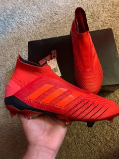 Adidas predator 19+ initiator pack Size 9 men Worn to 1 training session Comes with cleats,box,extra insoles,string bag and shoe horn Basically new Adidas Cleats, Adidas Sneakers, Shoe Horn, Adidas Predator, String Bag, Menswear, Training, Box, Sports