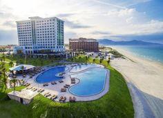 Golden Peak Resort & Spa Nha Trang Located on Bai Dai Beach in Cam Lam District, Golden Peak Resort & Spa offers elegant rooms just 3 km from  Cam Ranh International Airport.
