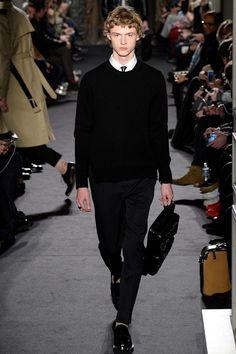 Valentino Fall 2016 Menswear Fashion Show