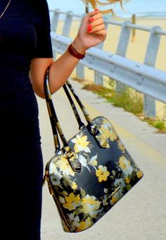 New Look Feat. Jackfrench Bags For Fall Winter 2015_16 on fashionmyloveitaly.com by Areta Hysa _ 008