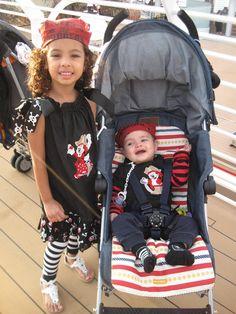 Pirate Mickey and Minnie