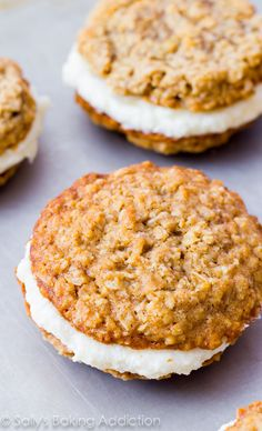 Copycat Little Debbie Oatmeal Cream Pies by sallysbakingaddiction.com. They even taste better than the originals!