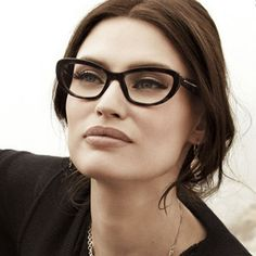 Dolce and Gabbana Eyewear - Sicilian Baroque Professor Style, Dolce And Gabbana Eyewear, Glasses For Your Face Shape, Old Makeup, Fashion Eye Glasses, Wearing Glasses, Glasses Online, Glasses Frames, Face Shapes