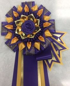 CDNC - sea, deep gold w/ optional flags & folds Homecoming Corsage, Homecoming Mums, Ribbon Rosettes, Floral Ribbon, How To Make Ribbon, Ribbon Making, Horse Show Ribbons, Mums The Word, Dog Show