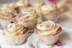 Ruusupulla on juhlapöydän kaunein leivonnainen – Ruususuu ja Huvikumpu Cake Recipes, Dessert Recipes, Desserts, Pie Co, Finnish Recipes, Sweet Buns, Just Eat It, Cupcakes, Sweet Bread