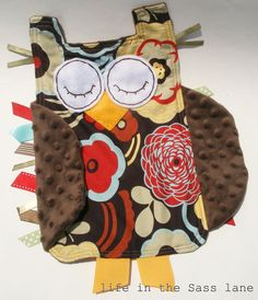 cute tag blanket@Ana Nabakowski we have to make this!