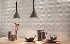 Dedicate una parte della vostra casa all' #arte... ecco un effetto 3d delicato e morbido che fa da sfondo ad ogni tonalità e tipologia di arredamento.  Abbiamo soluzioni adatte a tutte le tasche pur mantenendo sempre alta la #qualità dei nostri prodotti! Consulenza e #assistenza #gratuita sempre! Venite a trovarci da #CeramicheVaccarisi Showroom - #Avola in via #Siracusa 88 http://ift.tt/2hbGm18 - #creativity #wall #casa #art #light #interiordesign #home #inspiration #d_signers #decoration…