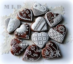 Gingerbread cookies with chocolate drops