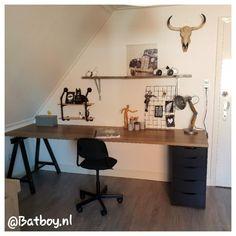 Home Office Setup, Home Office Design, Modern Wood Desk, Modern Home Offices, Teenage Room, Bureau Design, Room Goals, House Inside, Room Setup