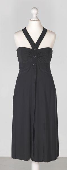 Chanel Auktion Lot 45: Chanel Bustier Kleid aus der Cruise Collection 1996, schwarzer Seidenstoff, deutsche Größe 36 Rückenlänge 83 cm,