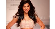 Shruti Haasan Walks The Ramp For Shehla Khan At LFW W/F 2014 | StarsCraze