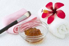 Honey for Acne - home natural treatment Natural Acne Treatment, Natural Acne Remedies, Honey For Acne, Diy, Bricolage, Do It Yourself, Homemade, Diys, Crafting