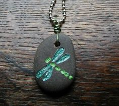 Engraved Dragonfly Stone Necklace - List of the best jewelry Rock Jewelry, Sea Glass Jewelry, Clay Jewelry, Stone Jewelry, Jewelry Crafts, Jewellery, Stone Crafts, Rock Crafts, Dremel Carving