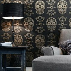 Suger skull  Wall Paper. Im inspired.