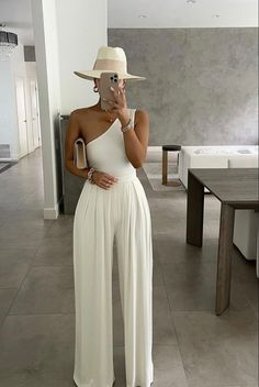Classy Outfits, Chic Outfits, Trendy Outfits, Fashion Outfits, Chic Summer Outfits, Chic Summer Style, Fashion Trends, Elegantes Outfit Frau, Mode Ootd