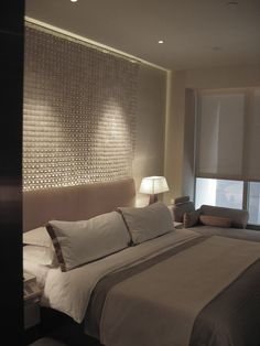 Like the use of suspended shells as a feature wall behind the bed Pillow Talk, Seychelles, Shells, Bedrooms, Hotels, Cool Stuff, Pillows, Film, Furniture