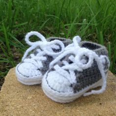 Converse Booties!!!!! Aaaahh!! My baby will definitely be sporting some Chucks from birth lol
