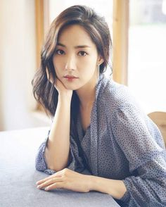 Park Min-young (박민영) - Picture @ HanCinema :: The Korean Movie and Drama Database Young Korean Actresses, Korean Actors, Korean Beauty, Asian Beauty, Korean Girl, Asian Girl, Kdrama, Divas, Park Min Young