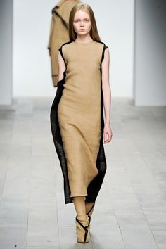 Central Saint Martins Fall 2011 Ready-to-Wear Collection - Vogue
