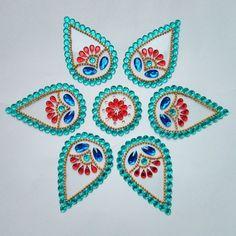 Kundan Rangoli -Home Decor-Dipti Art & Craft Rangoli Border Designs, Rangoli Patterns, Rangoli Designs With Dots, Diwali Decorations, Indian Wedding Decorations, Festival Decorations, Diwali Craft, Diwali Gifts, Diwali Diya