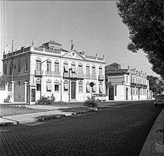 Lisboa de Antigamente: Palacete Ceraque Lisbon, Portuguese, Palace, Buildings, Nostalgia, The Past, Street, Pictures, Travel